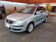 POLO SEDAN - 1.6 MI COMFORTLINE 8V FLEX 4P MANUAL